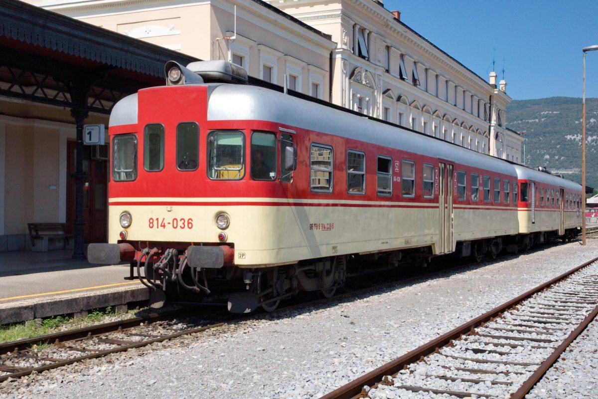 SŽ 813-036, 08. sept 2016, Nova Gorica (foto Goran Brumen)